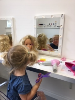 salon - dinky street, family fun in the Cotswolds